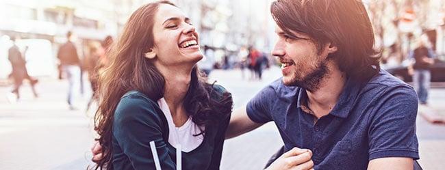Flirtsignale frau erkennen