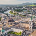 Vogelperspektive von Salzburg soll motivieren Salzburger Singles kennenzulernen
