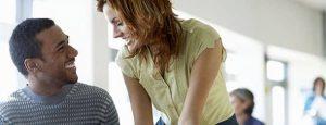 Liebe am Arbeitsplatz: Diese Regeln sollten Sie beachten